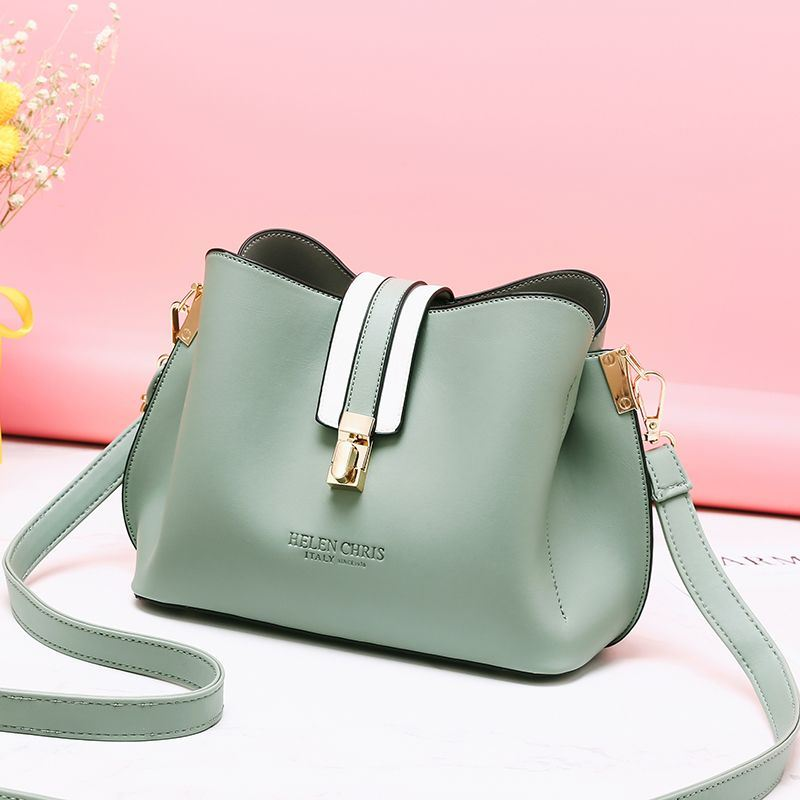 JT62346 IDR.154.000 MATERIAL PU SIZE L22XH17XW12CM WEIGHT 500GR COLOR GREEN