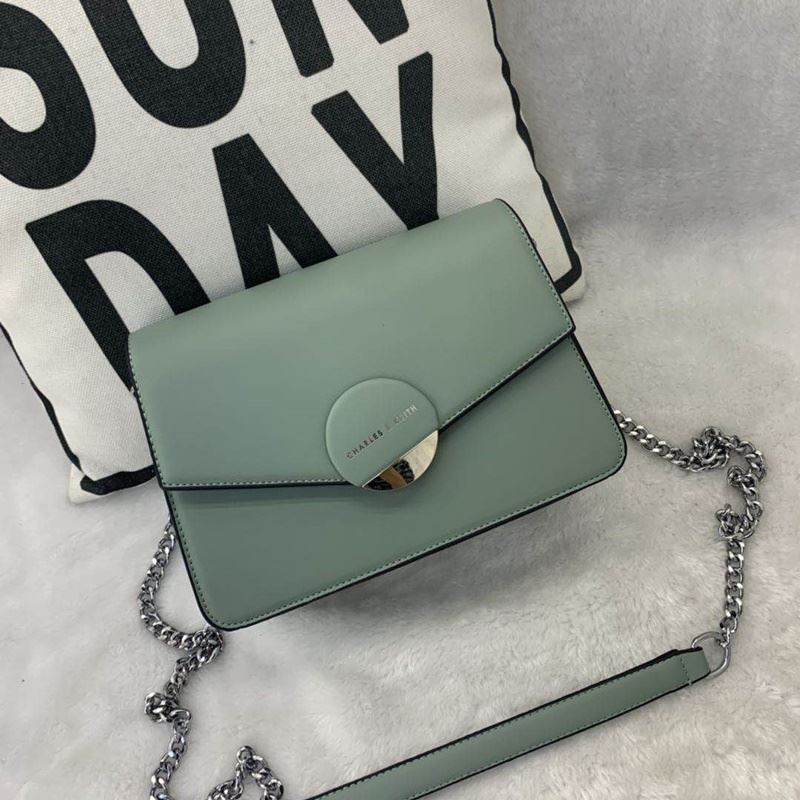 JT62637 IDR.182.000 MATERIAL PU SIZE L23XH16XW8CM WEIGHT 700GR COLOR GREEN
