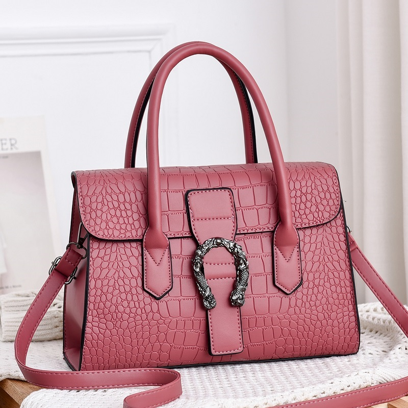 JT6602 IDR.185.000 MATERIAL PU SIZE L31XH22XW12CM WEIGHT 600GR COLOR PINK