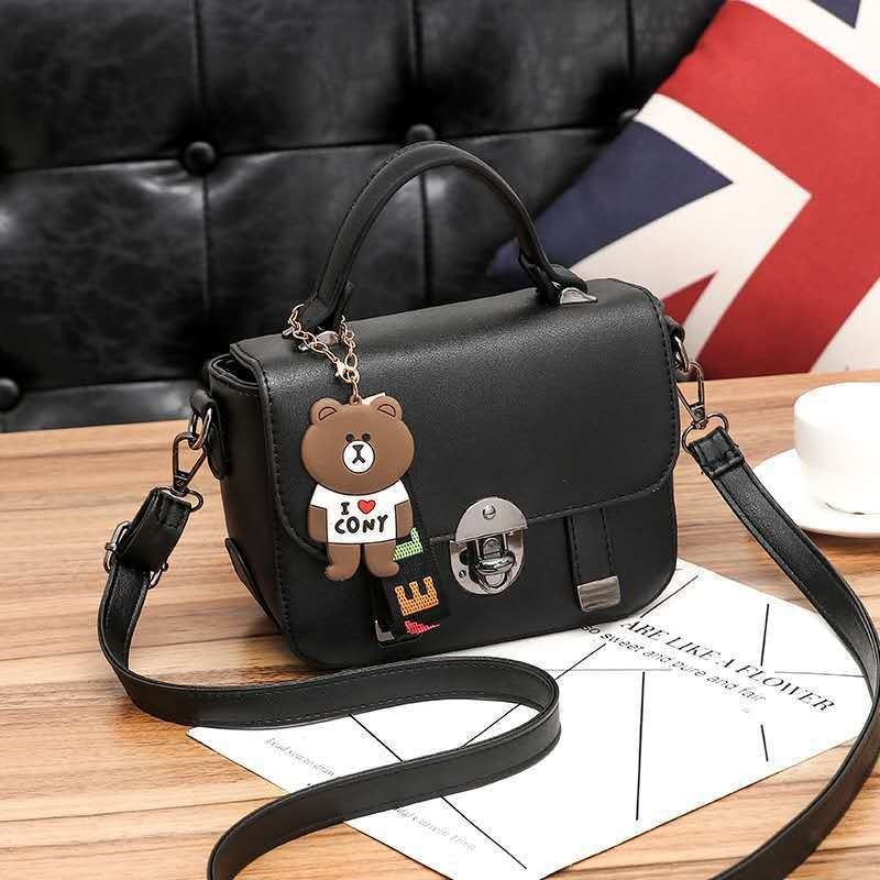 JT6616 IDR.157.000 MATERIAL PU SIZE L20XH16XW9CM WEIGHT 550GR COLOR BLACK