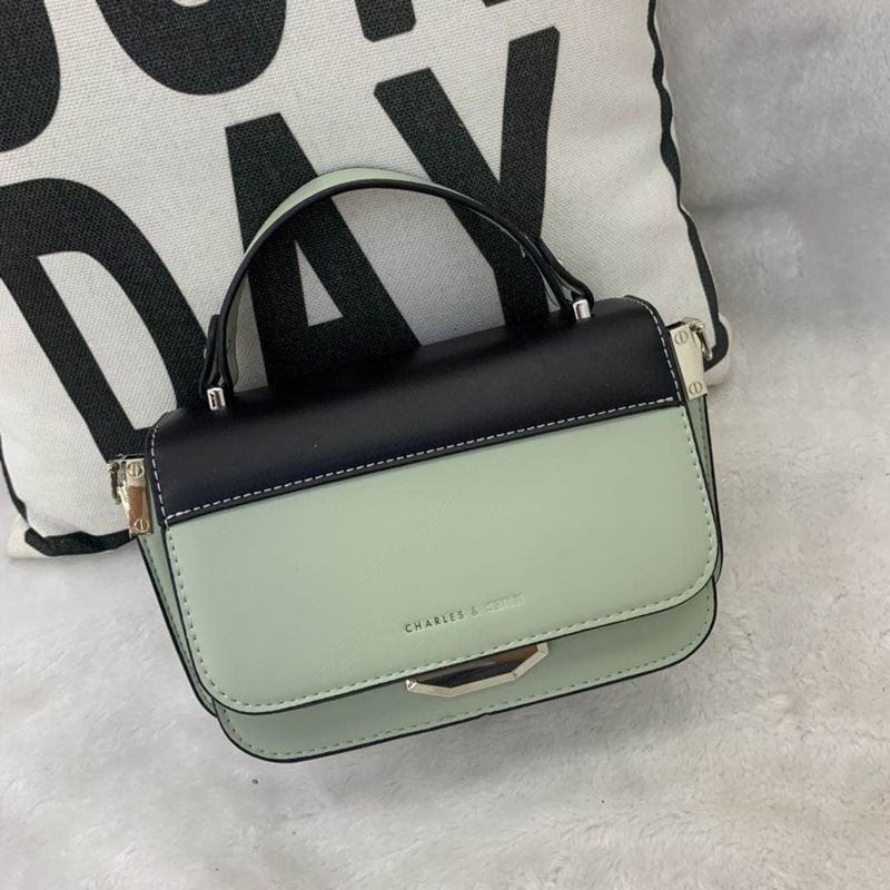 JT66874 IDR.182.000 MATERIAL PU SIZE L21XH14XW8CM WEIGHT 700GR COLOR GREEN