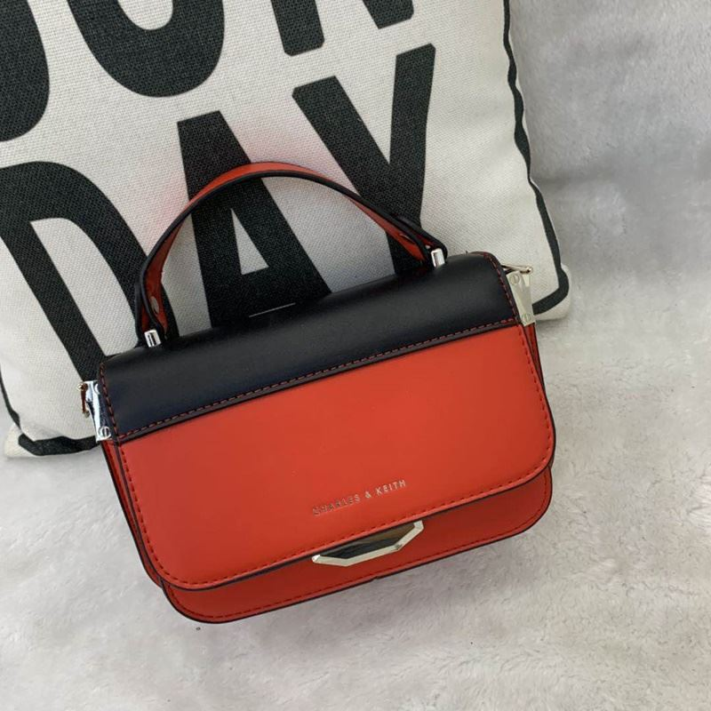 JT66874 IDR.182.000 MATERIAL PU SIZE L21XH14XW8CM WEIGHT 700GR COLOR RED