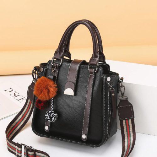 JT68221-black Tas Selempang Fashion Modis Wanita Cantik Import