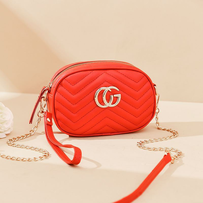 JT68501 IDR.125.000 MATERIAL PU SIZE L19XH13.5XW6.5CM WEIGHT 300GR COLOR RED