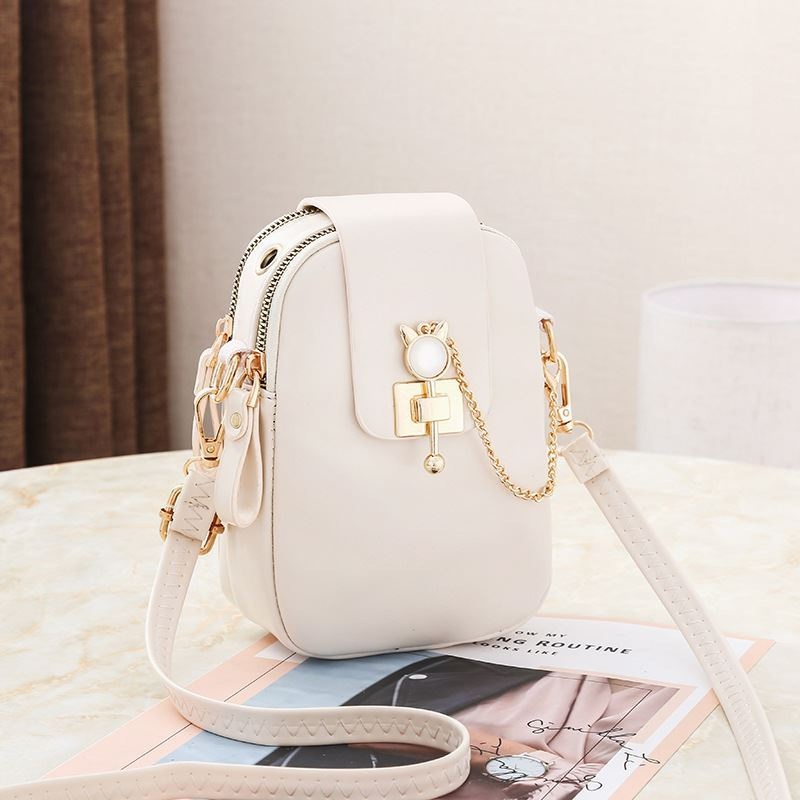 JT68621 IDR.155.000 MATERIAL PU SIZE L13XH19XW6CM WEIGHT 300GR COLOR BEIGE