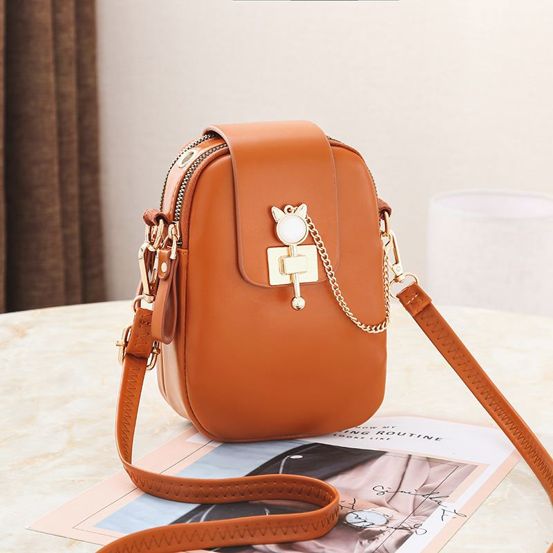 JT68621 IDR.155.000 MATERIAL PU SIZE L13XH19XW6CM WEIGHT 300GR COLOR BROWN