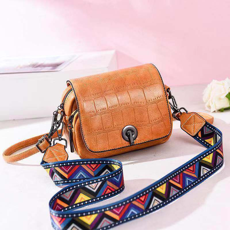 JT731 IDR.163.000 MATERIAL PU SIZE L17XH14XW8CM WEIGHT 500GR COLOR BROWN