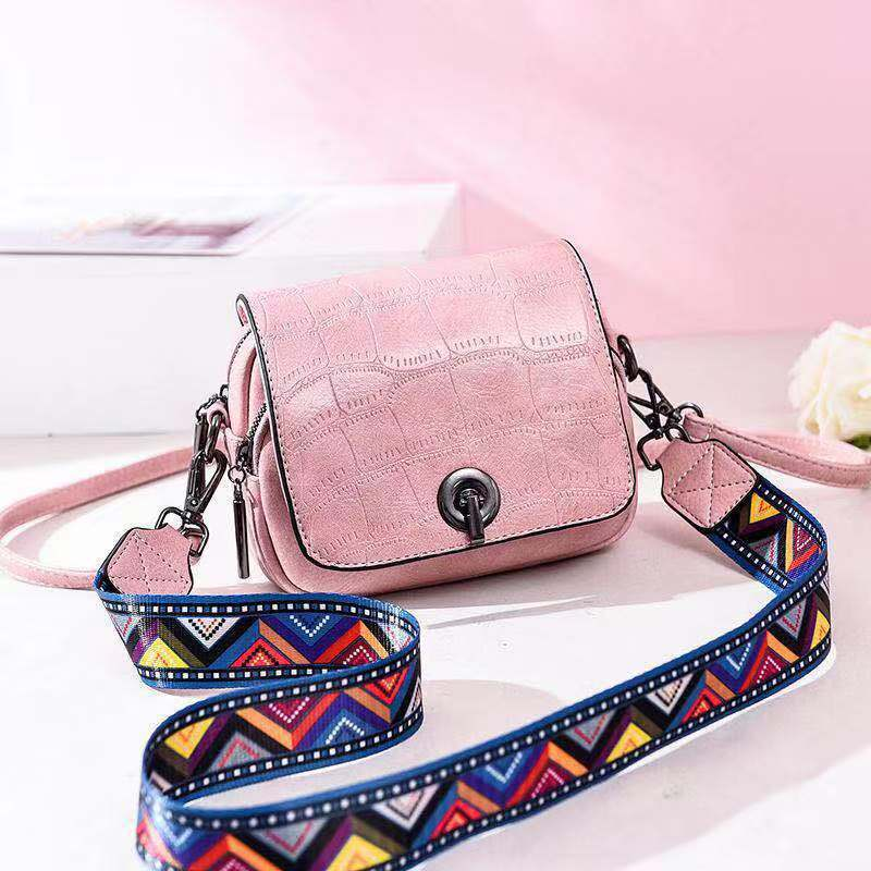JT731 IDR.163.000 MATERIAL PU SIZE L17XH14XW8CM WEIGHT 500GR COLOR PINK