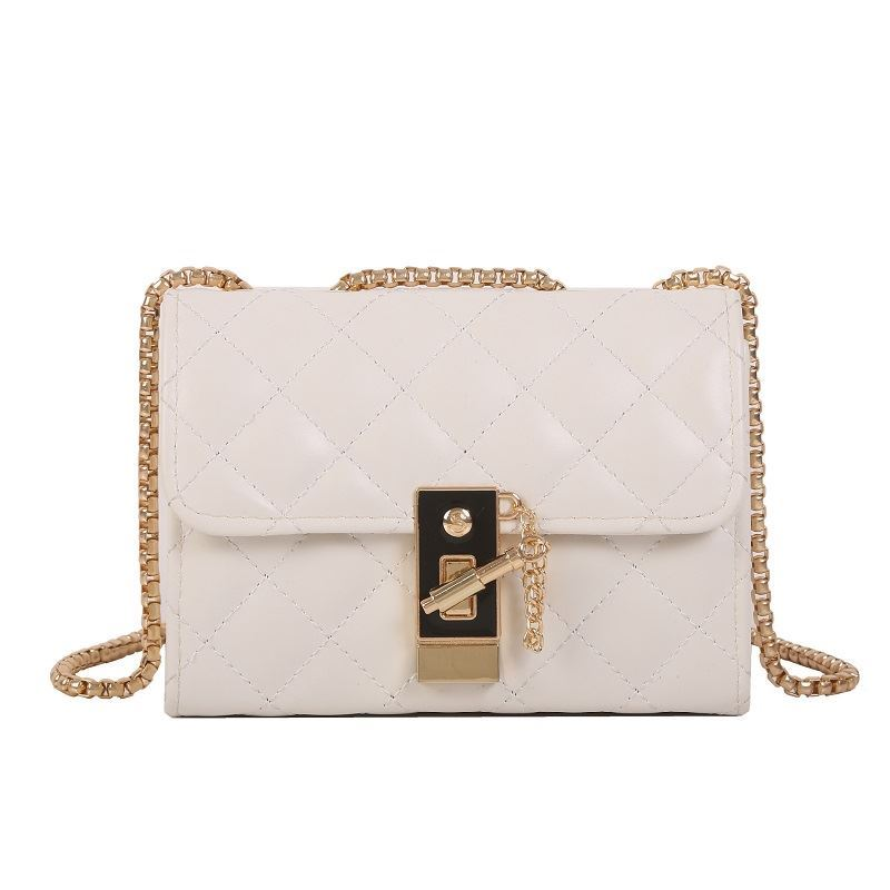 JT7450 IDR.129.000 MATERIAL PU SIZE L18XH13XW8CM WEIGHT 400GR COLOR WHITE