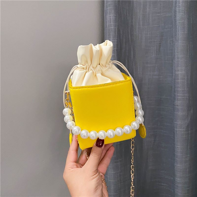 JT7642 IDR.140.000 MATERIAL PU SIZE L11XH18X11CM WEIGHT 250GR COLOR YELLOW