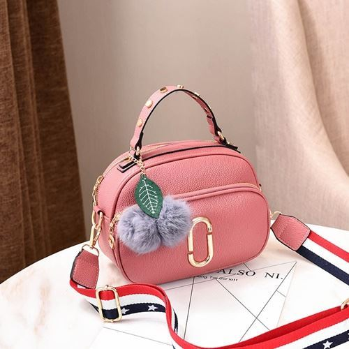 JT77955 IDR.165.000 MATERIAL PU SIZE L23XH24XW15CM WEIGHT 600GR COLOR DARKPINK
