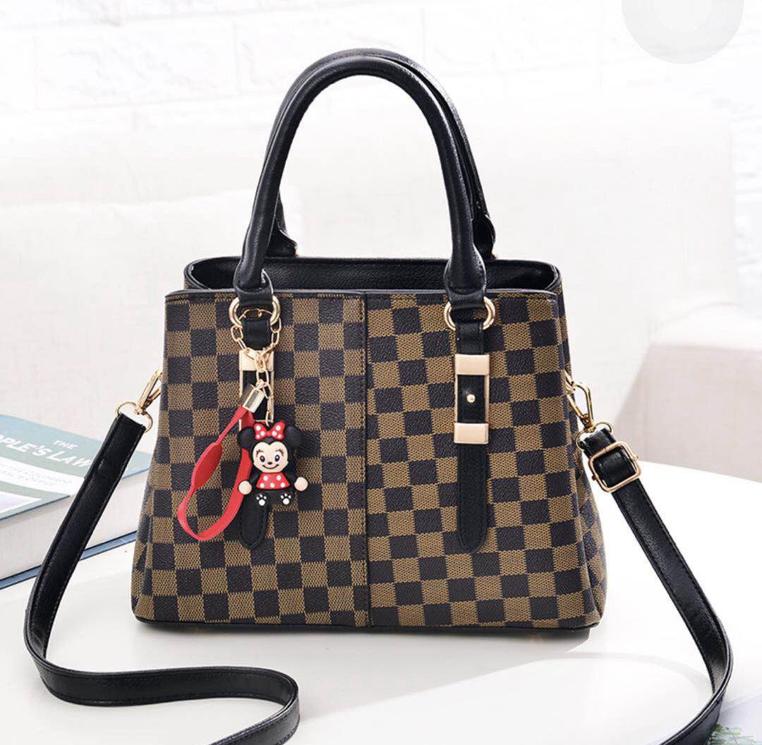 JT80111 IDR.180.000 MATERIAL PU SIZE L29XH20XW14CM WEIGHT 900GR COLOR BLACK