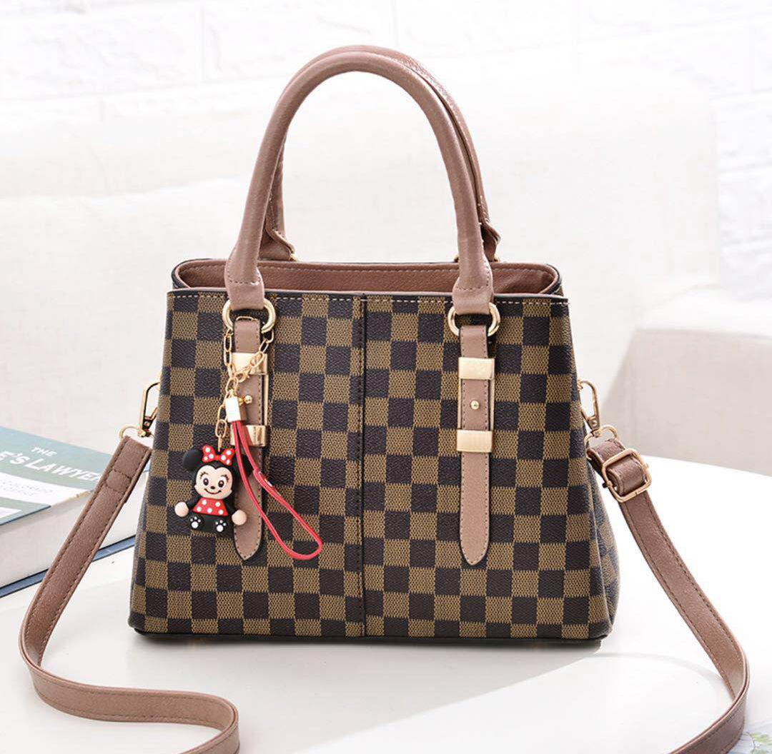 JT80111 IDR.180.000 MATERIAL PU SIZE L29XH20XW14CM WEIGHT 900GR COLOR KHAKI