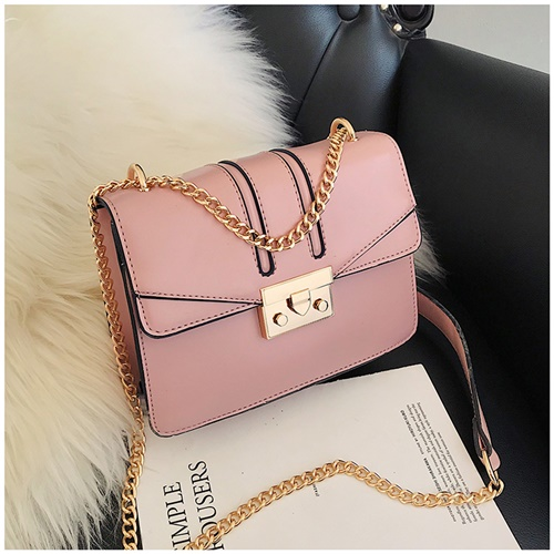 JT8015 IDR.169.000 MATERIAL PU SIZE L20XH15XW7CM WEIGHT 450GR COLOR PINK