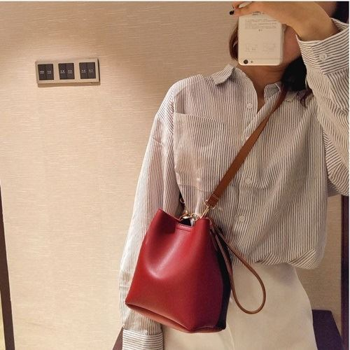 JT8028 IDR.115.000 MATERIAL PU SIZE L17XH18XW12CM WEIGHT 400GR COLOR REDBLACK