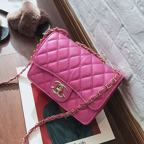 JT80831 IDR.155.000 MATERIAL PU SIZE L21XH15XW7CM WEIGHT 500GR COLOR ROSE