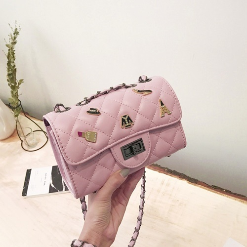 JT80911 IDR.152.000 MATERIAL PU SIZE L21XH13.5XW8.5CM WEIGHT 550GR COLOR PINK