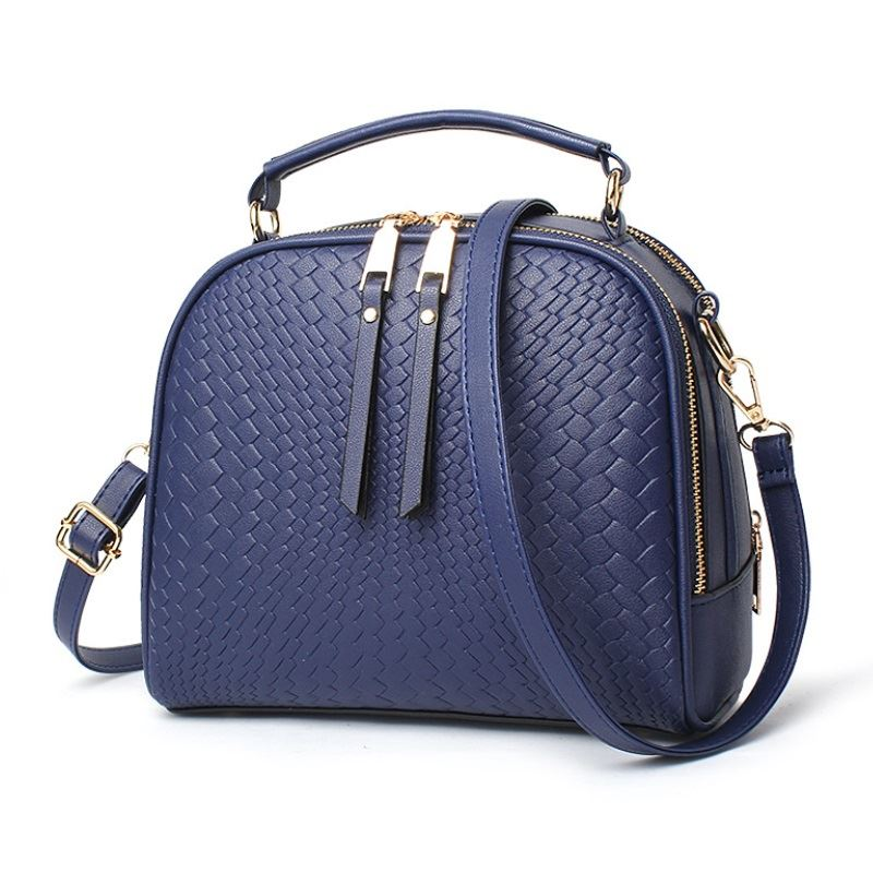 JT8112 IDR.145.000 MATERIAL PU SIZE L24XH20XW11CM WEIGHT 600GR COLOR BLUE