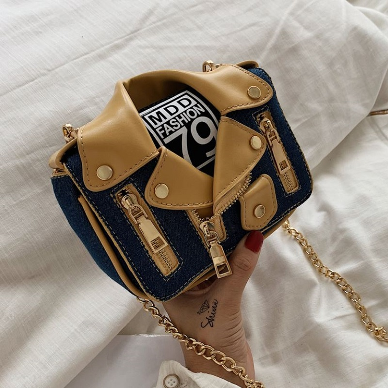 JT8399 IDR.178.000 MATERIAL PU SIZE L18XH15XW6CM WEIGHT 450GR COLOR DARKBLUE