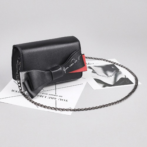 JT8556 IDR.150.000 MATERIAL PU SIZE L18XH12XW6CM WEIGHT 450GR COLOR BLACK
