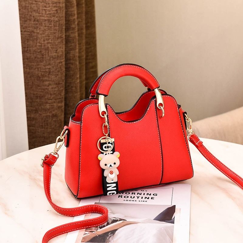 JT8601 IDR.168.000 MATERIAL PU SIZE L23XH17XW10CM WEIGHT 600GR COLOR RED