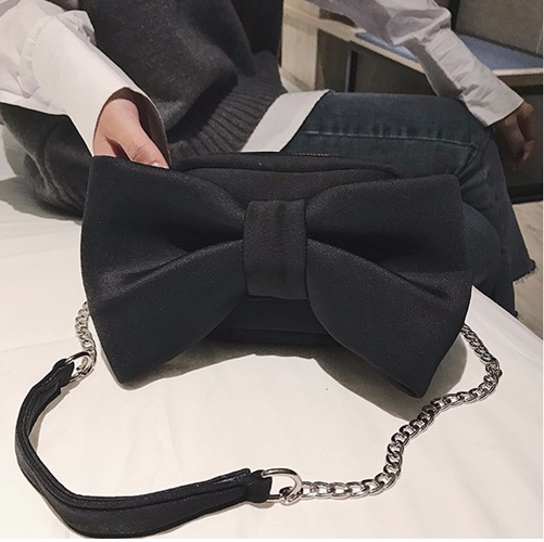JT8608 IDR.145.000 MATERIAL SUEDE SIZE L18XH12XW7CM WEIGHT 400GR COLOR BLACK