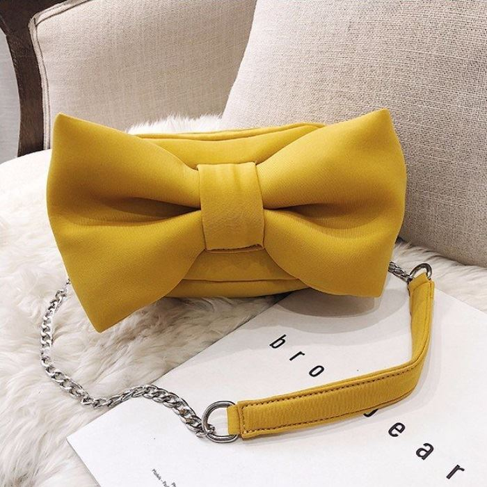 JT8608 IDR.155.000 MATERIAL SUEDE SIZE L18XH12XW7CM WEIGHT 400GR COLOR YELLOW
