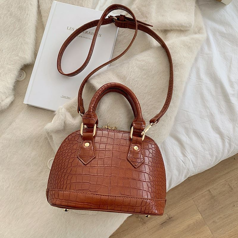 JT8699 IDR.164.000 MATERIAL PU SIZE L23XH15XW11CM WEIGHT 500GR COLOR BROWN