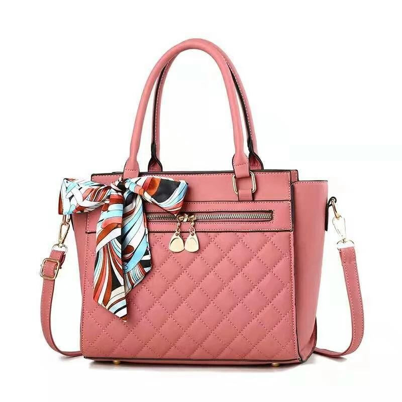 JT8801 IDR.180.000 MATERIAL PU SIZE L28XH24XW13CM WEIGHT 900GR COLOR PINK