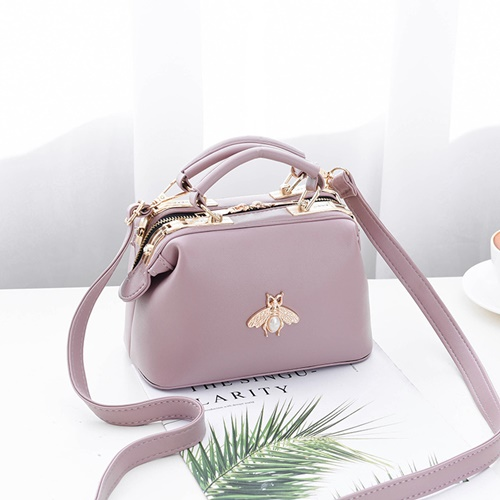 JT8805 IDR.175.000 MATERIAL PU SIZE L20XH13XW11CM WEIGHT 600GR COLOR PURPLE