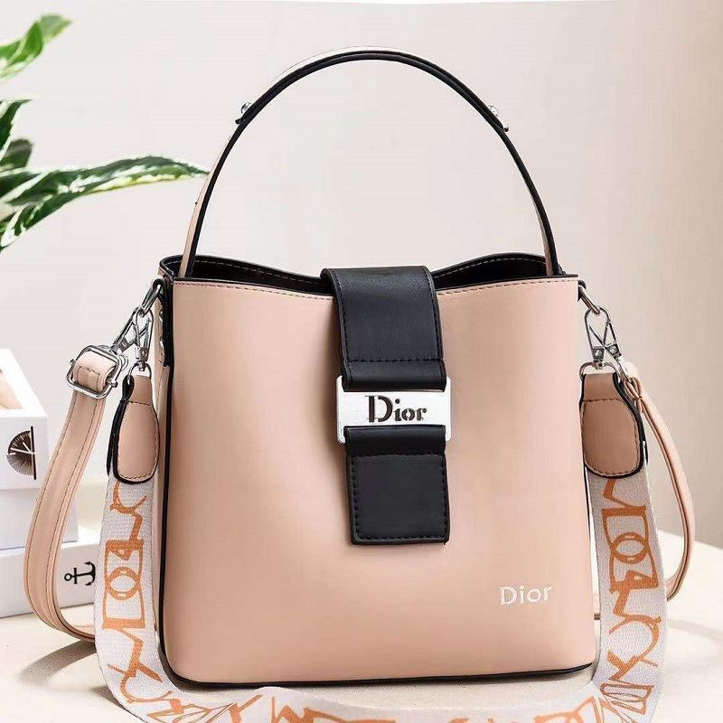JT88073 IDR.178.000 MATERIAL PU SIZE L23XH21XW12CM WEIGHT 600GR COLOR BEIGE