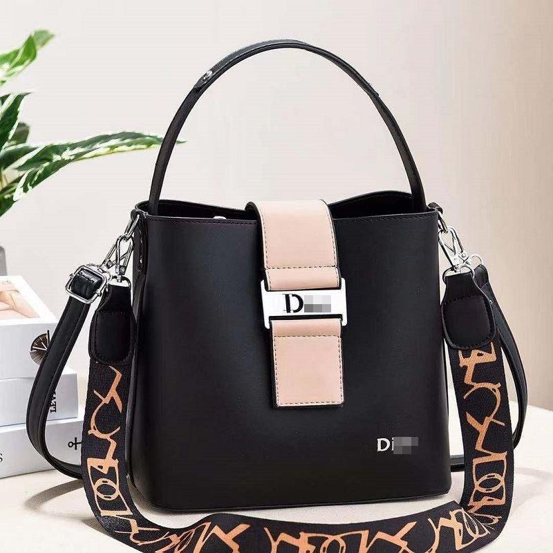 JT88073-black Tas Selempang Import Wanita Cantik Elegan