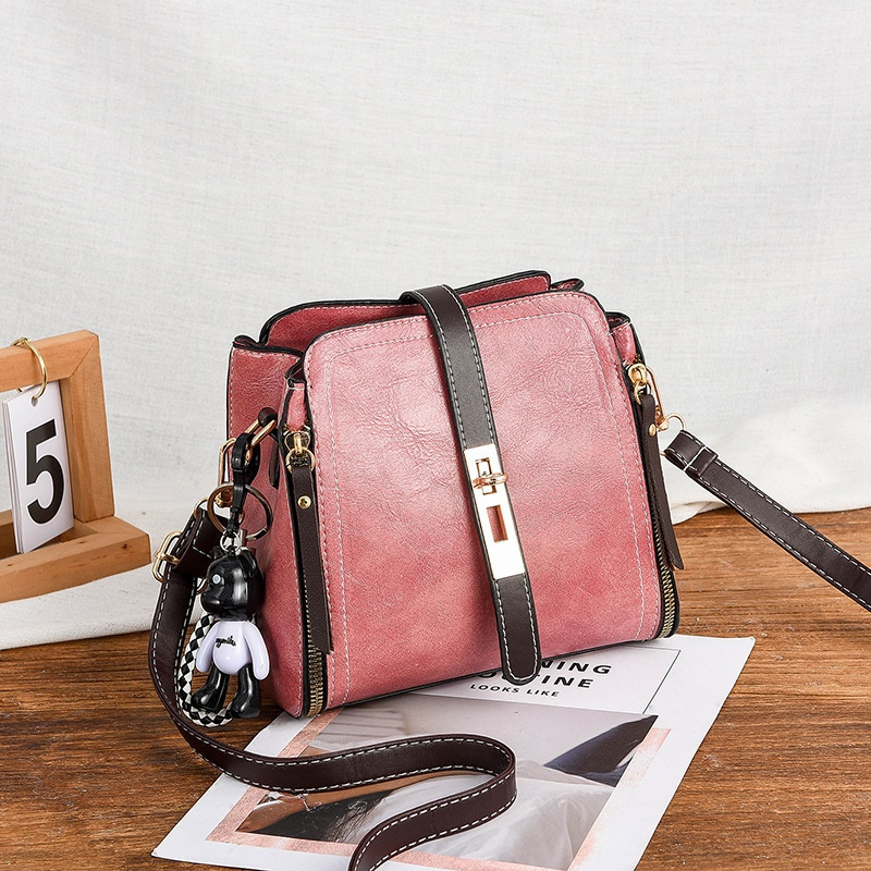 JT8809 IDR.162.000 MATERIAL PU SIZE WEIGHT COLOR PINK