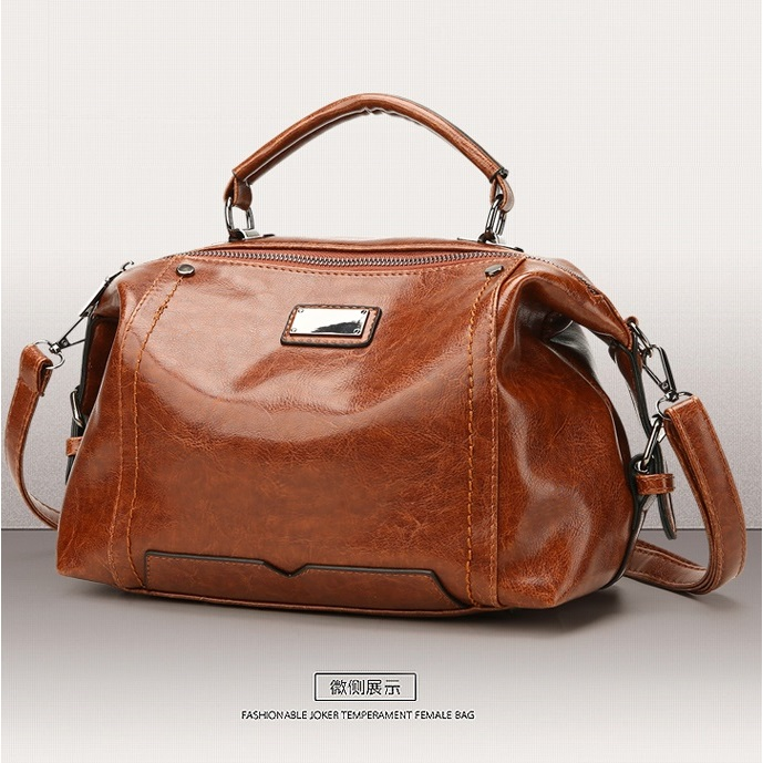 JT8815 IDR.190.000 MATERIAL PU SIZE L27XH20XW15CM WEIGHT 650GR COLOR BROWN