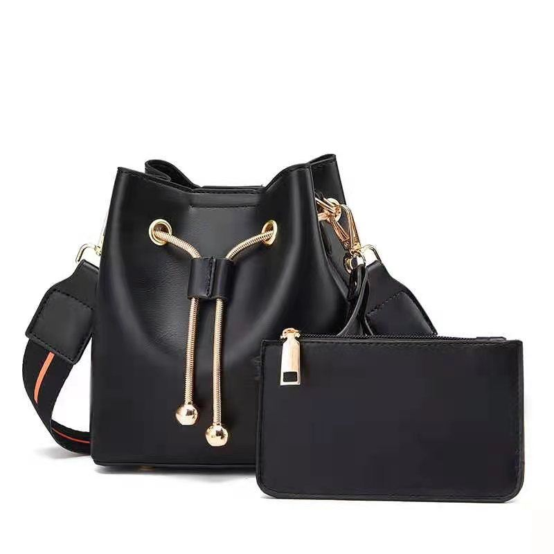 JT8816 (2IN1) IDR.169.000 MATERIAL PU SIZE BIG L17XH18XW10CM, SMALL 15X9CM WEIGHT 600GR COLOR BLACK