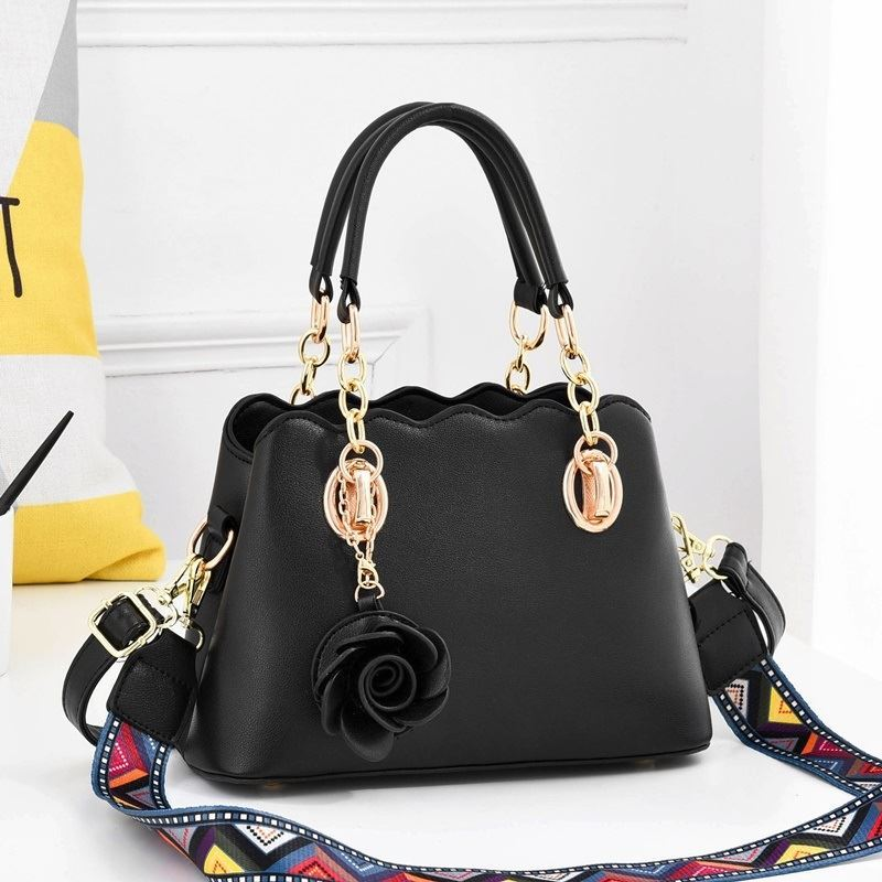 JT886 IDR.195.000 MATERIAL PU SIZE L25XH17XW11CM WEIGHT 850GR COLOR BLACK