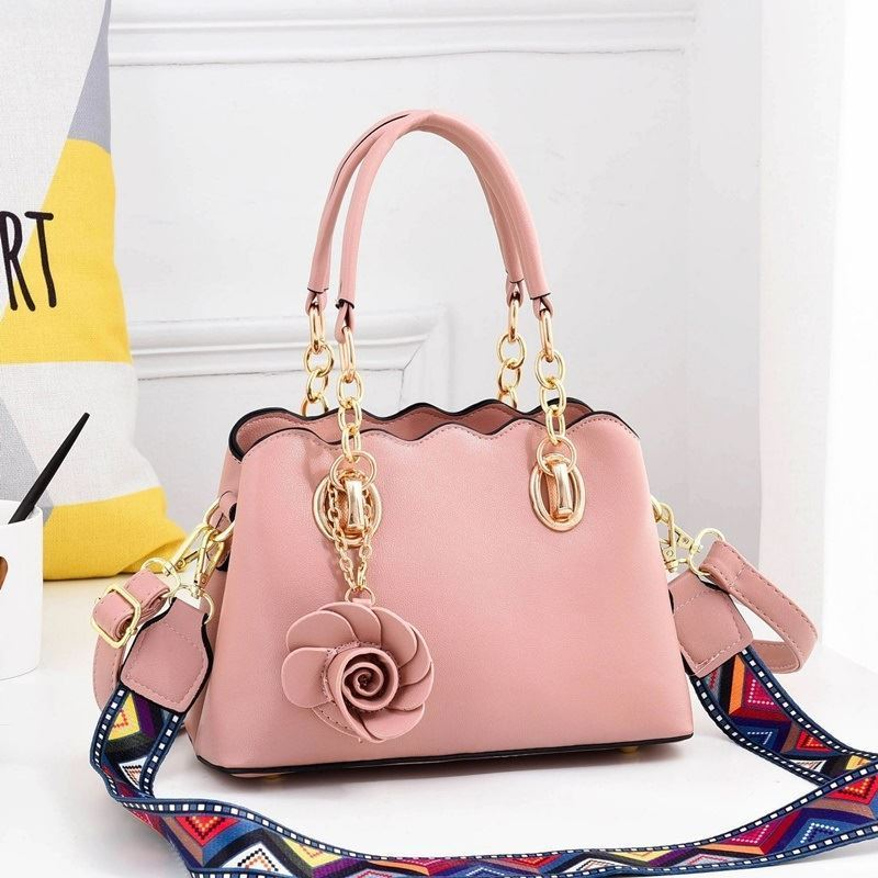 JT886 IDR.195.000 MATERIAL PU SIZE L25XH17XW11CM WEIGHT 850GR COLOR PINK