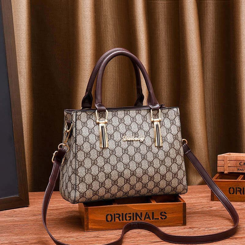 JT89071 IDR.178.000 MATERIAL PU SIZE L26XH20XW10CM WEIGHT 700GR COLOR GDBROWN