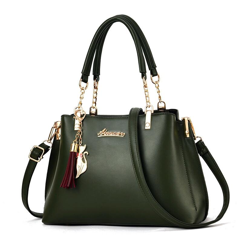 JT8916 IDR.184.000 MATERIAL PU SIZE L28XH23XW13CM WEIGHT 650GR COLOR DARKGREEN