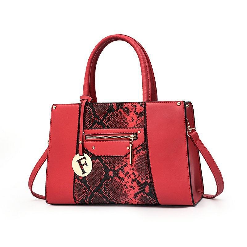 JT90180 IDR.164.000 MATERIAL PU SIZE L32XH21XW14CM WEIGHT 800GR COLOR RED