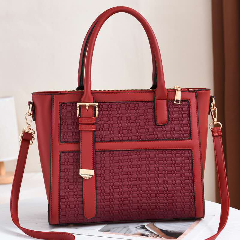 JT90191 IDR.184.000 MATERIAL PU SIZE L30XH25XW14CM WEIGHT 650GR COLOR RED