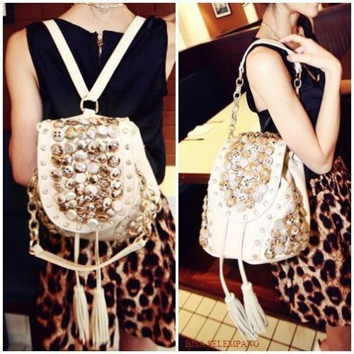 JT9067 IDR.170.000 MATERIAL PU SIZE L29XH21CM WEIGHT 700GR COLOR BEIGE