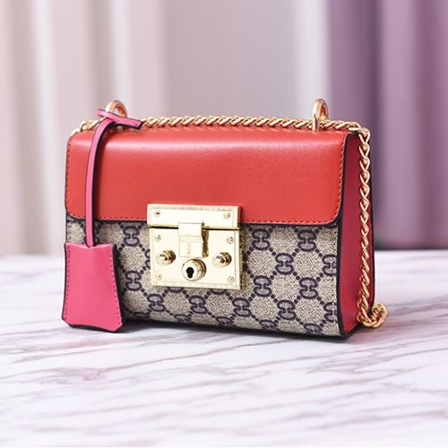 JT960 IDR.165.000 MATERIAL PU SIZE L20XH13.5XW8CM WEIGHT 600GR COLOR RED