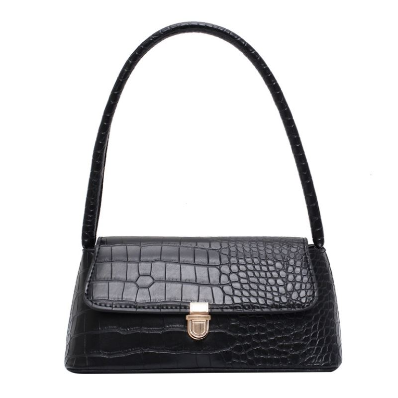 JT9725 IDR.140.000 MATERIAL PU SIZE L24XH11.5XW9.5CM WEIGHT 350GR COLOR BLACK
