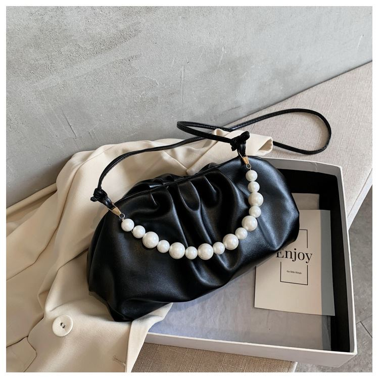 JT9799 IDR.168.000 MATERIAL PU SIZE L19-27XH16XW8CM WEIGHT 350GR COLOR BLACK