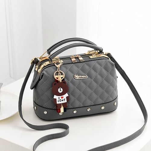 JT98723 IDR.170.000 MATERIAL PU SIZE L24.5XH17XW13CM WEIGHT 650GR COLOR GRAY