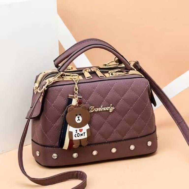 JT98723 IDR.170.000 MATERIAL PU SIZE L24.5XH17XW13CM WEIGHT 650GR COLOR PURPLE