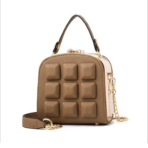 JT98876 IDR.175.000 MATERIAL PU SIZE L15.5XH16XW8.5CM WEIGHT 800GR COLOR KHAKI