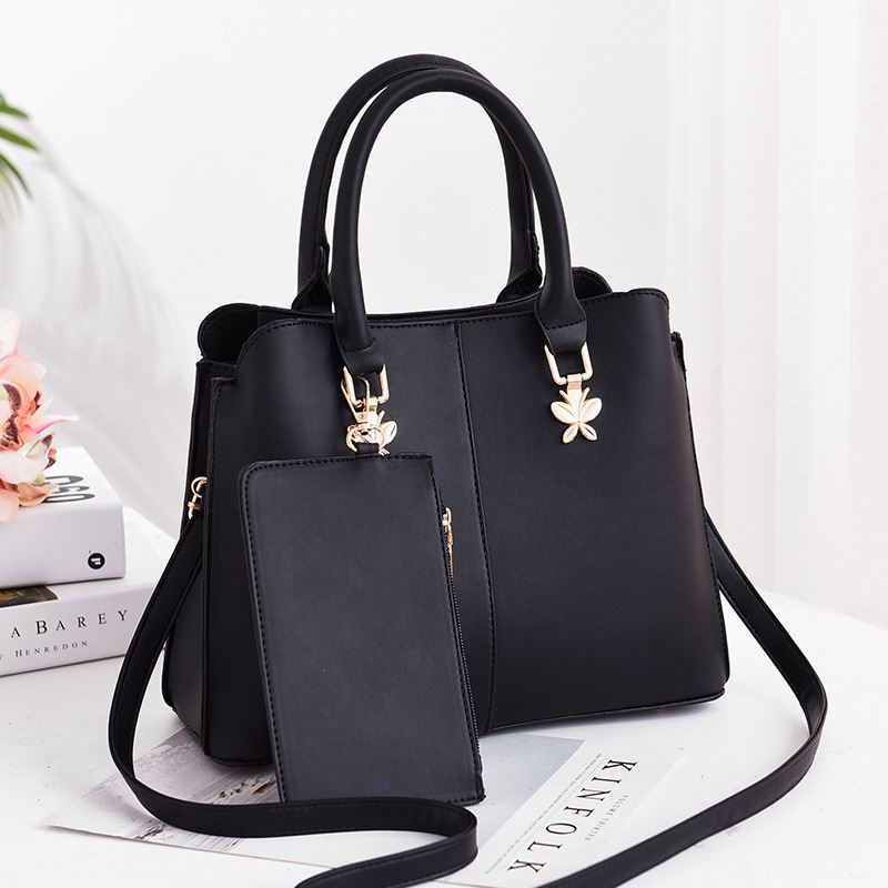 JT9902 (2IN1) IDR.162.000 MATERIAL PU SIZE L30XH23XW12.5CM WEIGHT 760GR COLOR BLACK