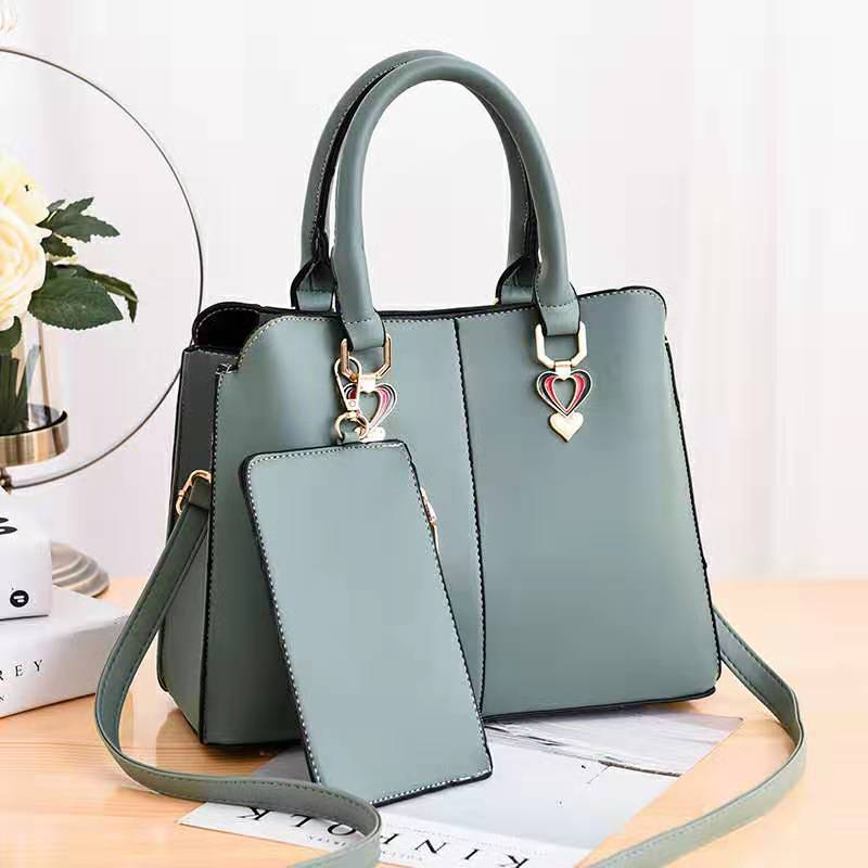 JT9902 (2IN1) IDR.162.000 MATERIAL PU SIZE L30XH23XW12.5CM WEIGHT 760GR COLOR GREEN
